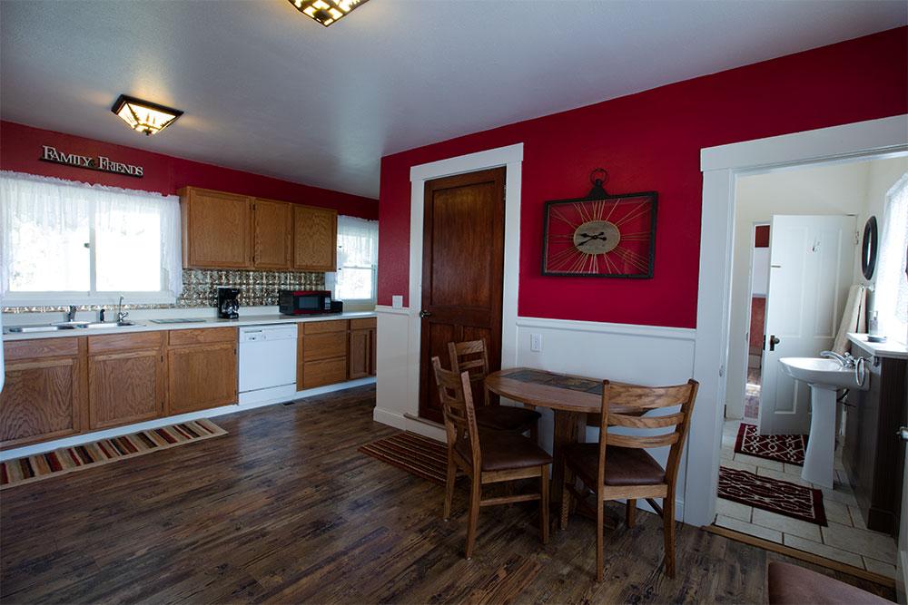 tusler-house-camp-21-interior_june-13_2016_7045